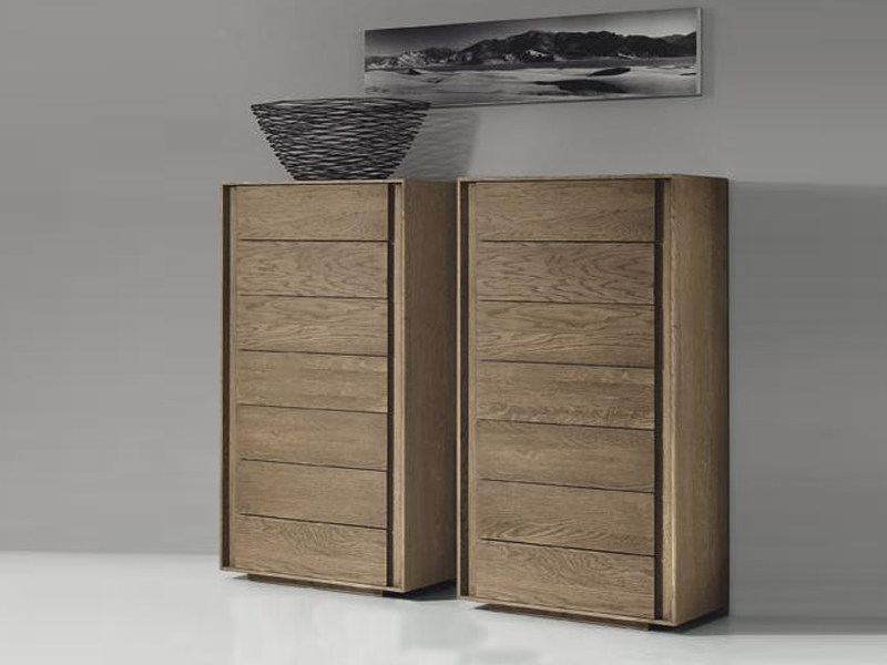 Free standing oak chest of drawers ECCO by Domus Arte