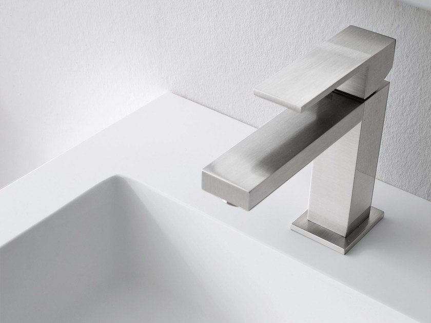 1 hole washbasin mixer LEVA | Washbasin mixer - Rexa Design