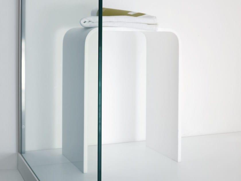 unico tabouret de salle de bain by rexa design design imago design. Black Bedroom Furniture Sets. Home Design Ideas