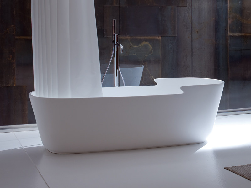 Vasca da bagno asimmetrica centro stanza in korakril™ tino by rexa ...
