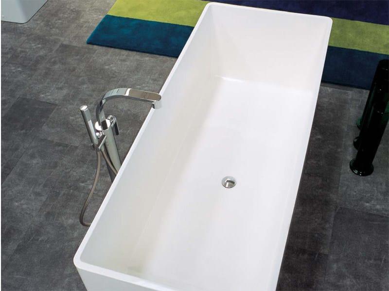 Vasca da bagno in pietraluce wash by ceramica flaminia design giulio cappellini - Vasca da bagno ceramica ...