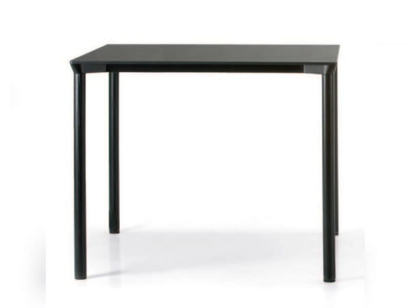 Stackable rectangular HPL table