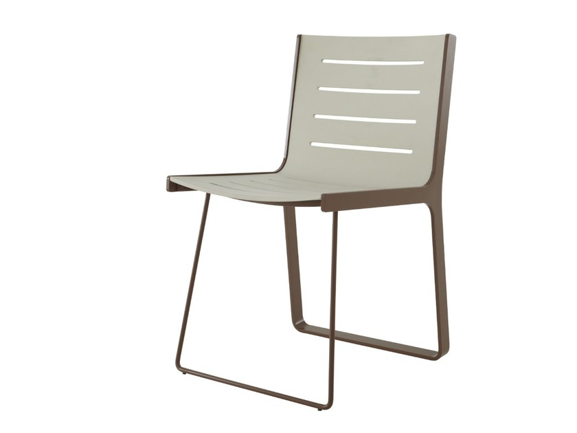 Plastic chair ALUCHAIR by Ligne Roset