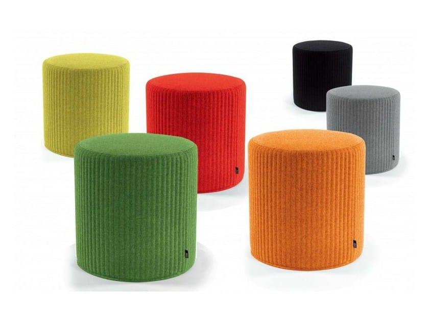 Upholstered felt pouf BUZZISPOT 3D - BuzziSpace