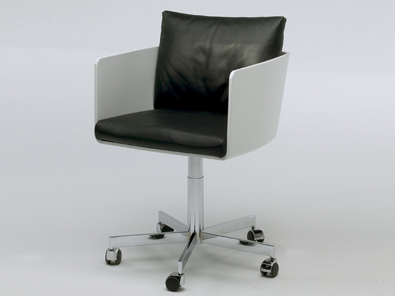 Polyurethane chair with casters POD + POD SPEED | Chair with casters by Living Divani