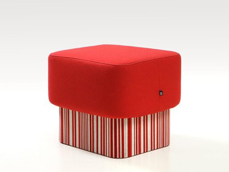 Upholstered felt pouf BUZZISEAT SOLO by BuzziSpace