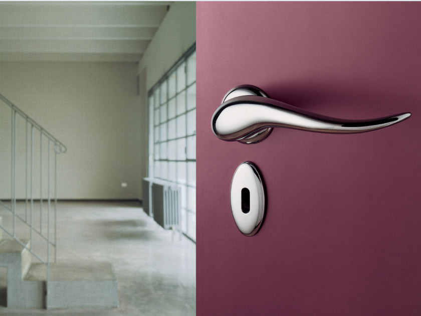 Die cast aluminium door handle APRITI | Door handle - KLEIS