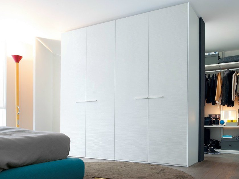 Built-in lacquered wooden wardrobe SURF - Poliform