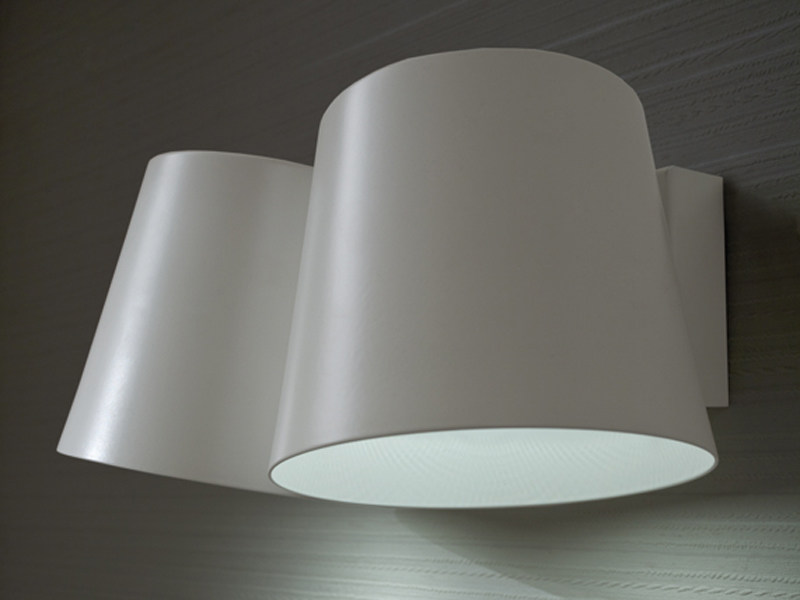 LED aluminium wall light AMAK | Wall light by Lucente