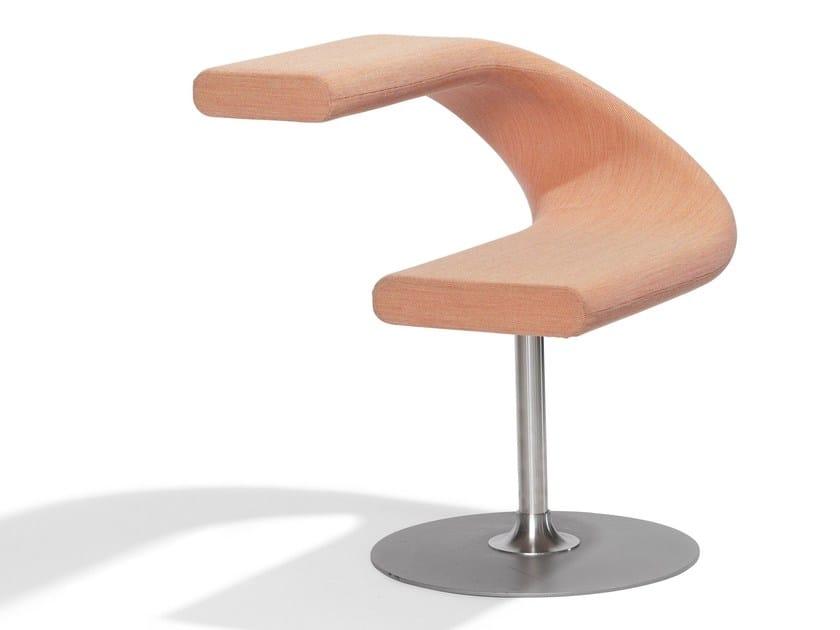 Swivel upholstered chair INNOVATION C - Blå Station
