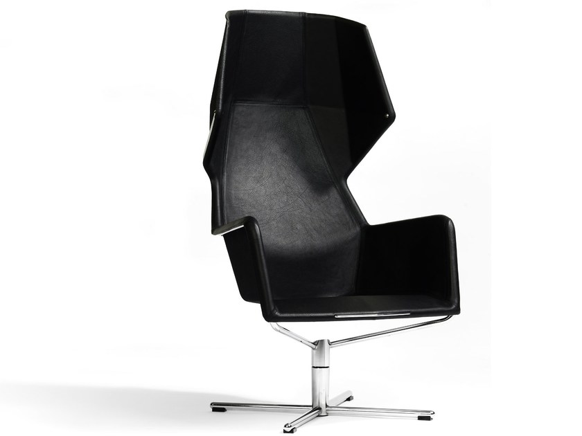 Armchair with 4-spoke base with armrests PEEKABOO | Armchair with 4-spoke base by Blå Station