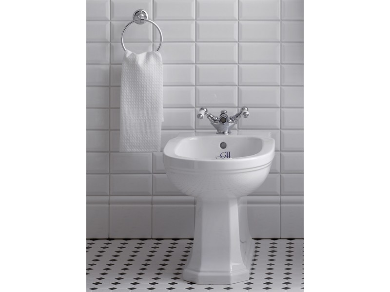 Classic style countertop 1 hole bidet tap BERKELEY | bidet one hole mixer - GENTRY HOME