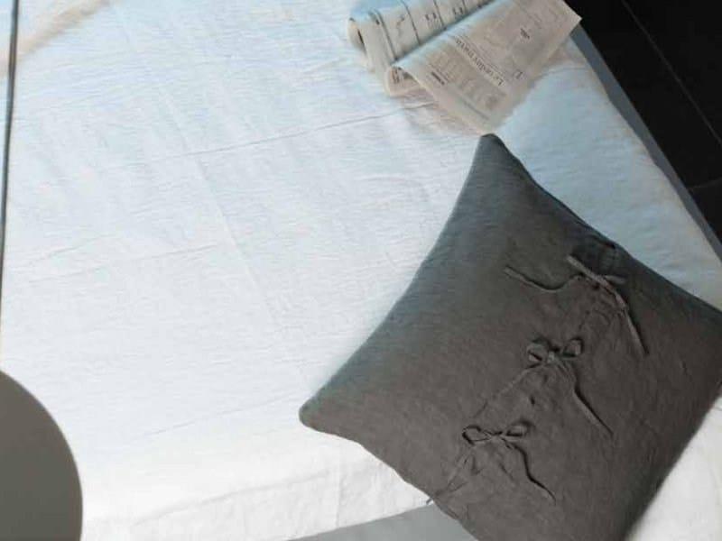 Square linen cushion LACCETTI | Cushion - LA FABBRICA DEL LINO by Bergianti & Pagliani