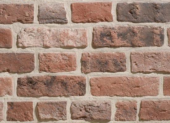 Rivestimento in pietra ricostruita effetto mattone for Rivestimento in mattoni per case