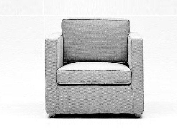 Upholstered armchair with armrests AN81 | Armchair with armrests - Matrix International