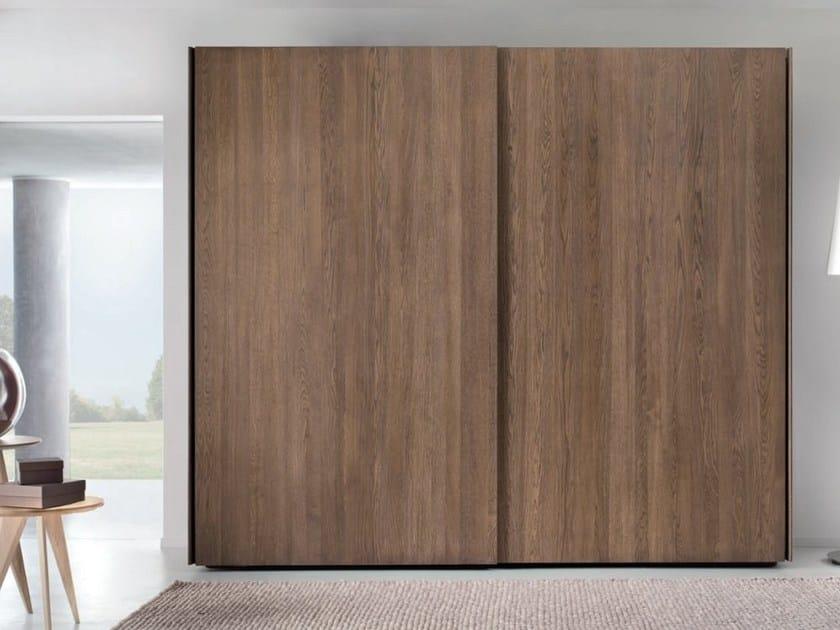 Oak wardrobe with sliding doors ESSENZA by Domus Arte