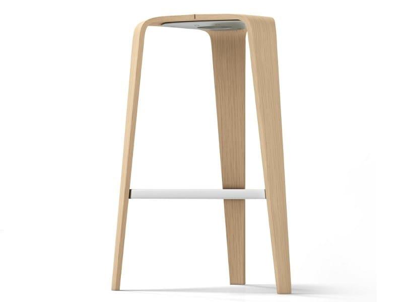 High wooden stool HOC | High stool - Brunner