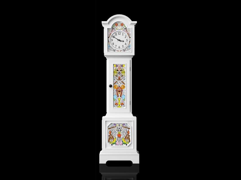 Pine clock ALTDEUTSCHE | Clock - Moooi©