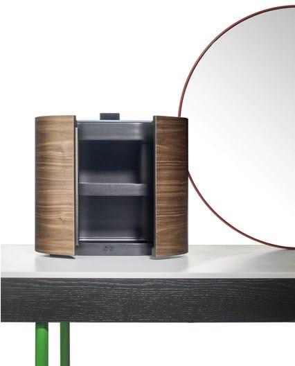 mobile toilette in frassino chandlo bd barcelona design. Black Bedroom Furniture Sets. Home Design Ideas