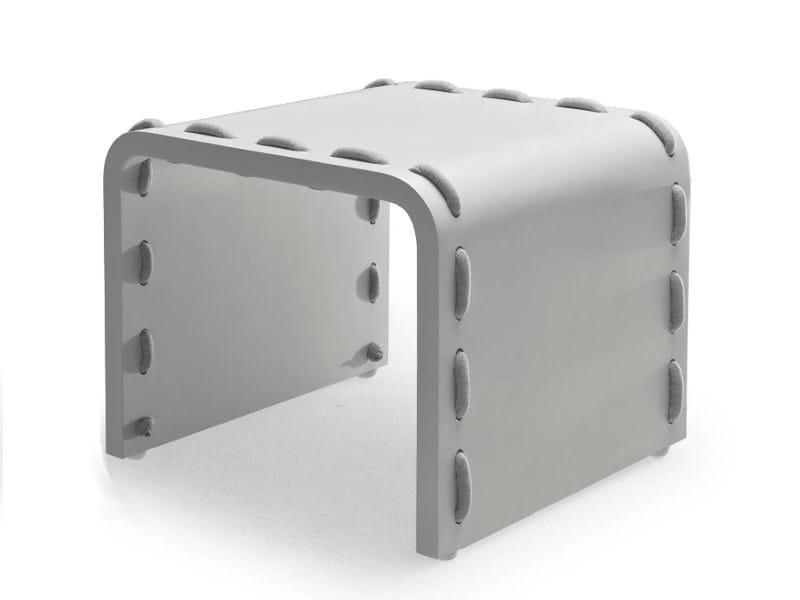 Glass-fibre side table CABARET | Side table - KENNETH COBONPUE