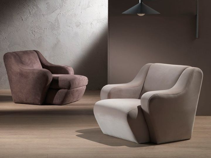 Leather armchair with armrests MORFEO | Armchair - Carpanelli Contemporary