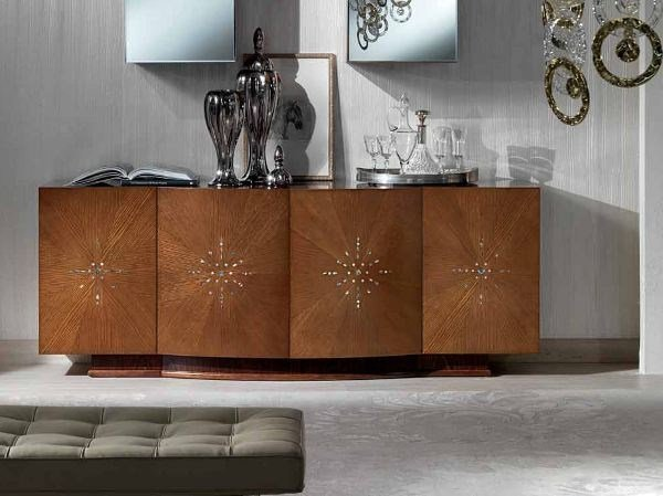 Oak sideboard with doors with mirror OPERA - Carpanelli Classic