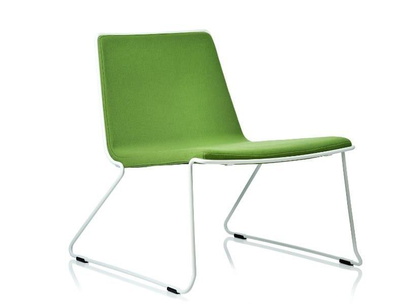 Sled base upholstered easy chair SPEED EC - Johanson Design