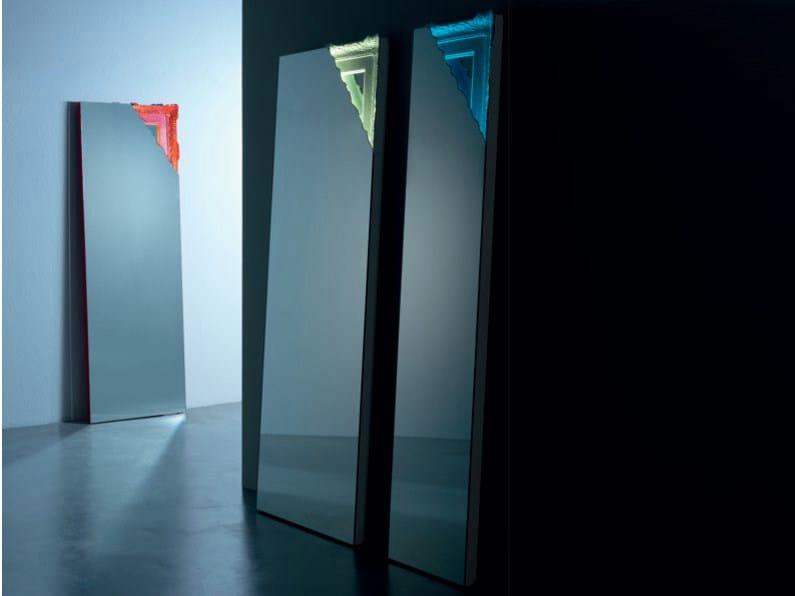 Specchio da terra rettangolare a parete con cornice - Specchio rettangolare da parete ...