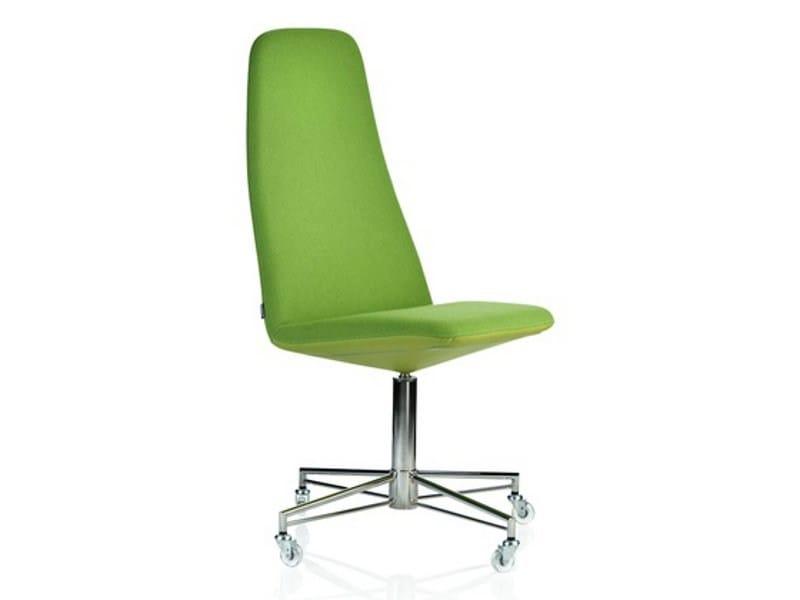 High-back guest chair with 4-spoke base VIGGEN | Armchair with 4-spoke base by Johanson Design