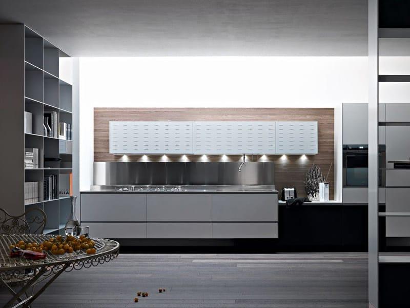 Cocina integral de aluminio riciclantica aluminio by valcucine - Cocina aluminio ...