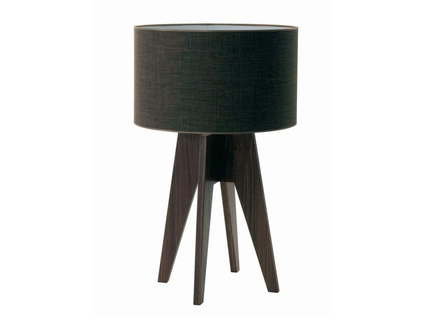lampe de table en noyer opera collection les contemporains by roche bobois design pierre. Black Bedroom Furniture Sets. Home Design Ideas