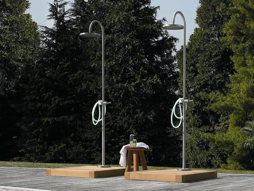 Doccia esterna portatile in acciaio doccia esterna zucchetti - Doccia esterna giardino ...