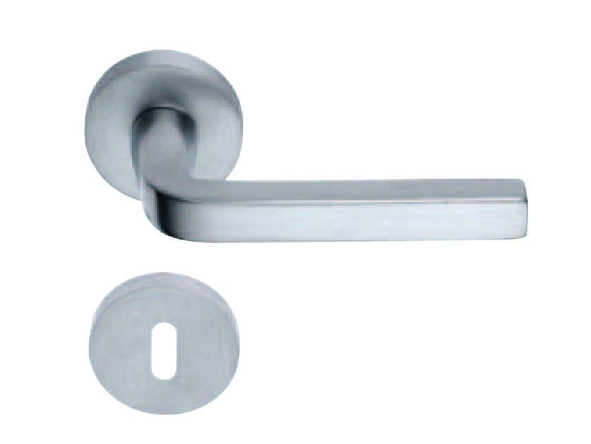 Door handle on rose with lock MILANO | Door handle - RDS
