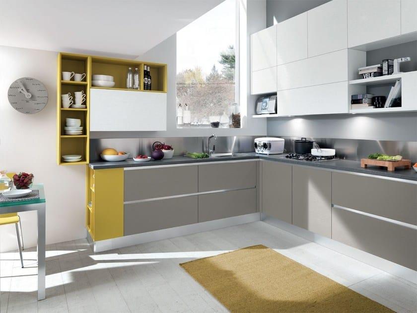 Cucina componibile in legno senza maniglie essenza - Maniglie da cucina ...