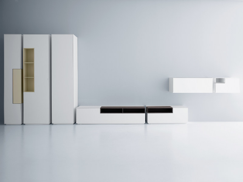 Sectional TV wall system INMOTION | Storage wall - MDF Italia