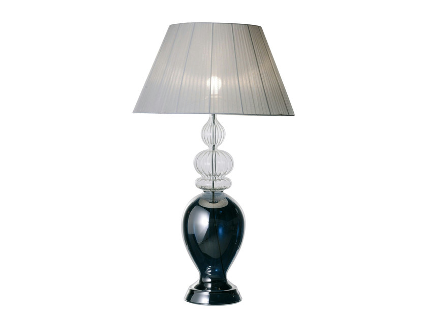 lampe de table en organza bergame by roche bobois design pierre dubois aim c cil. Black Bedroom Furniture Sets. Home Design Ideas