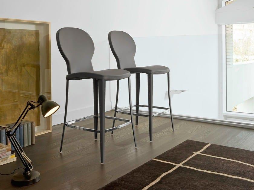 Upholstered stool VICTOR HI - Bonaldo