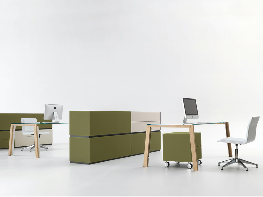 Scrivania in cristallo wgs scrivania gallotti radice for Scrivania cristallo design