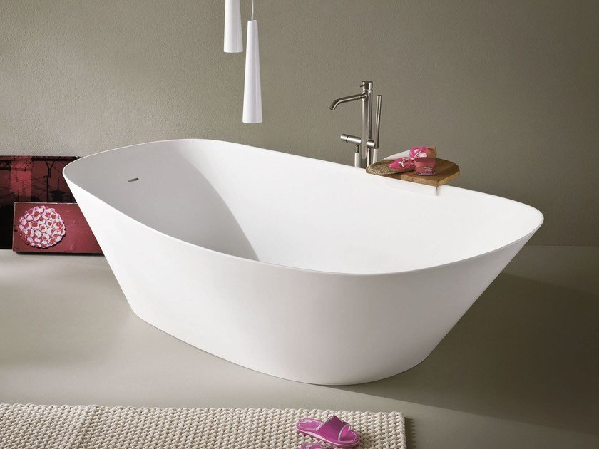 Freestanding oval Korakril™ bathtub FONTE | Freestanding bathtub by Rexa Design