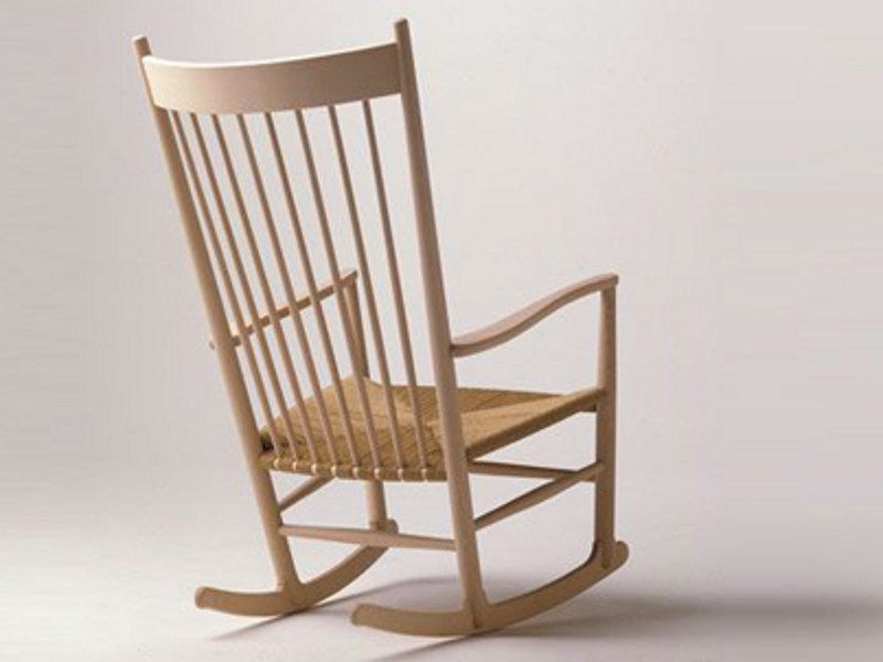 J16 sedia a dondolo by fredericia furniture design hans j - Sedia dondolo design ...
