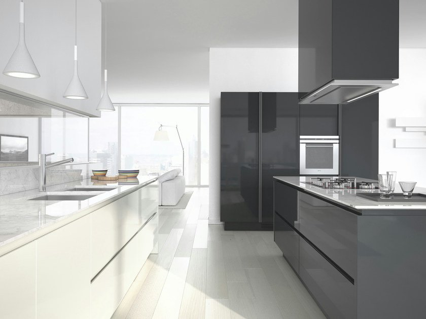 Lacquered kitchen with handles EMETRICA - ERNESTOMEDA