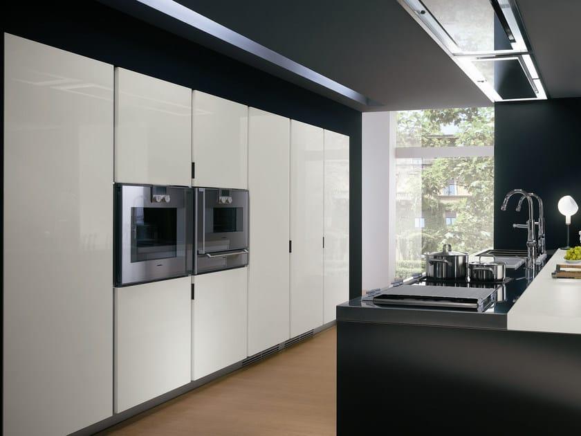 Cucina con maniglie elektra cucina in acciaio ernestomeda - Maniglie cucina acciaio ...