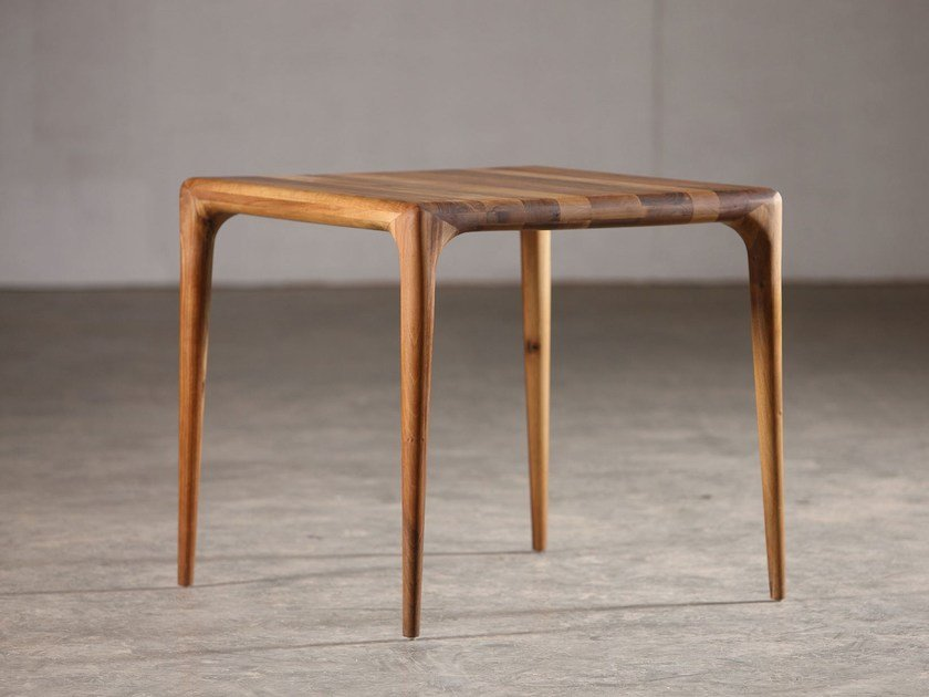 Square wooden table LATUS | Square table - Artisan