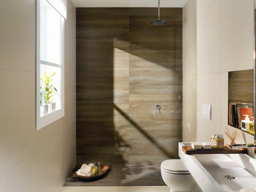 Rivestimento in gres porcellanato effetto legno nuances for Leroy merlin pavimenti gres effetto legno