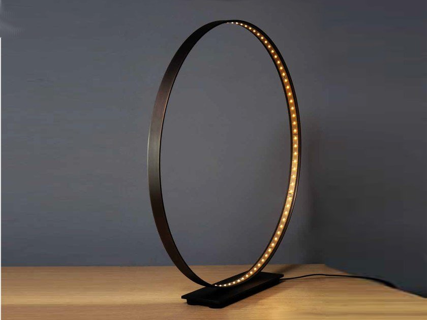 LED direct-indirect light table lamp CLASSIC 60 by Le Deun Luminaires