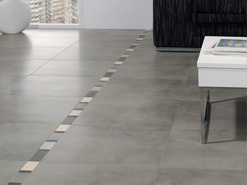 Indoor/outdoor porcelain stoneware flooring CONCRETE - REALONDA