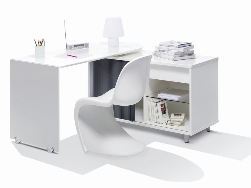 Office desk with shelves SWING | Writing desk - Müller Möbelwerkstätten