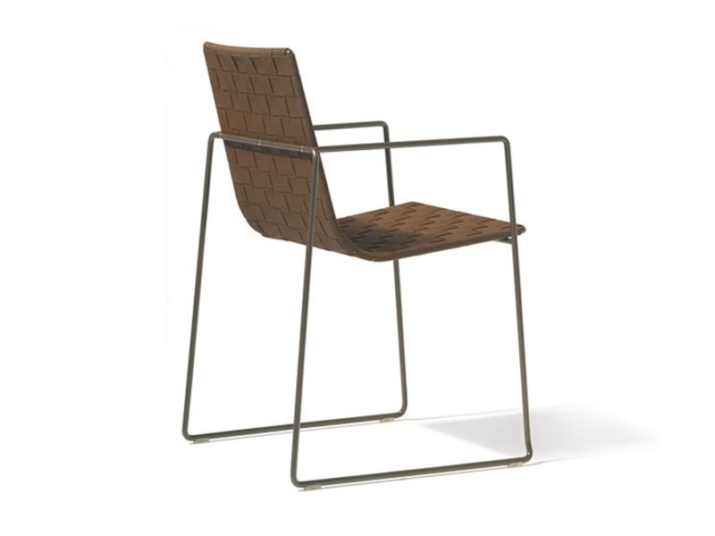 Sled base garden chair with armrests TRENZA | Chair with armrests by Andreu World