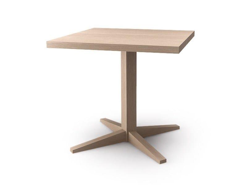 Square oak table with 4-star base KUSKOA | Square table - ALKI