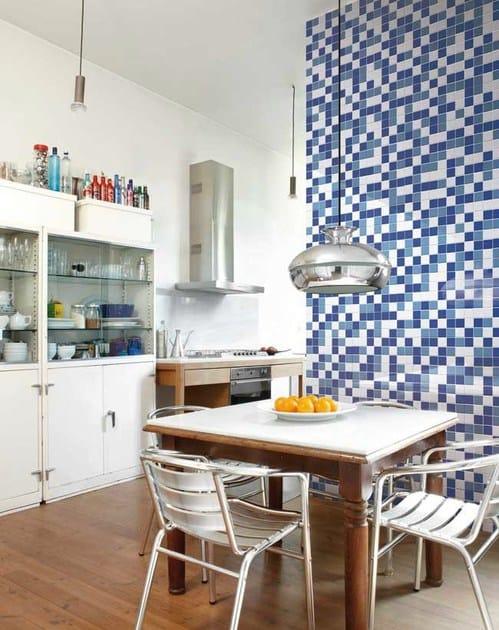 Mosaico in gres porcellanato smaltato trasparenze mix for Ceramica vogue